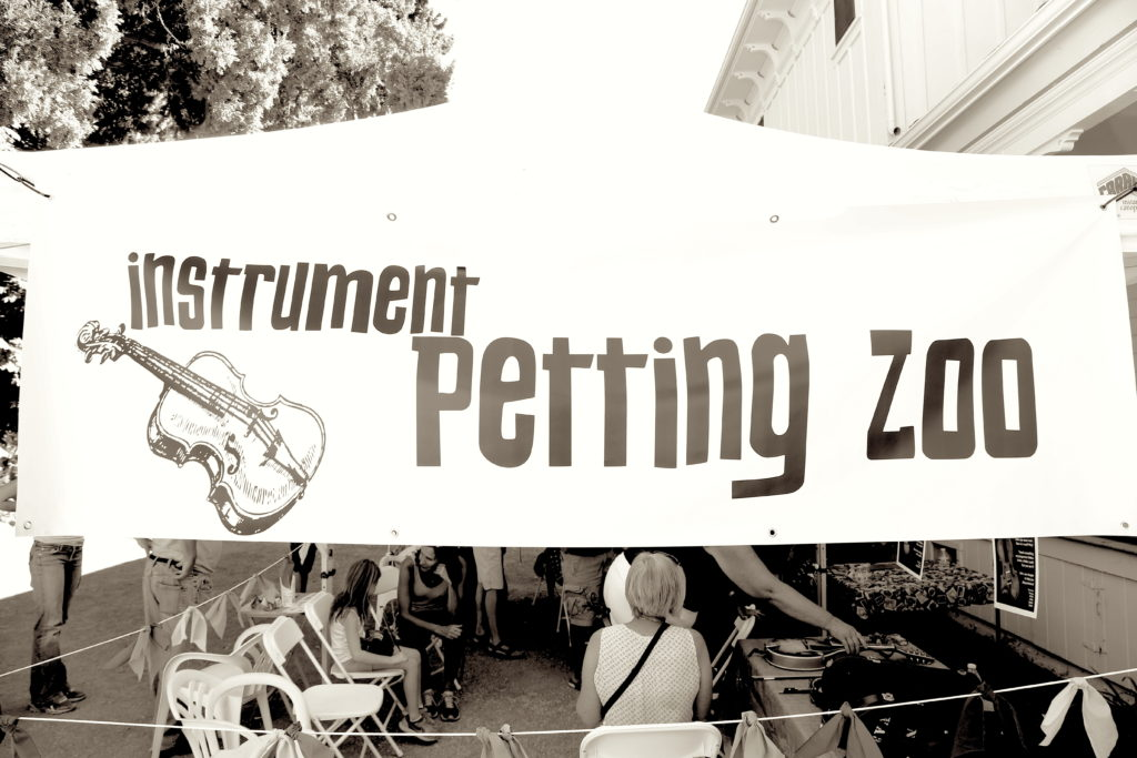 petting-zoo
